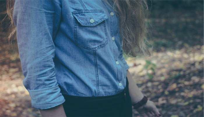 Trucos de estilo: cómo combinar una camisa vaquera